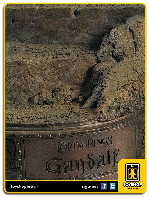 The Lord Of The Rings: Gandalf The Grey Premium Format - Sideshow Collectibles