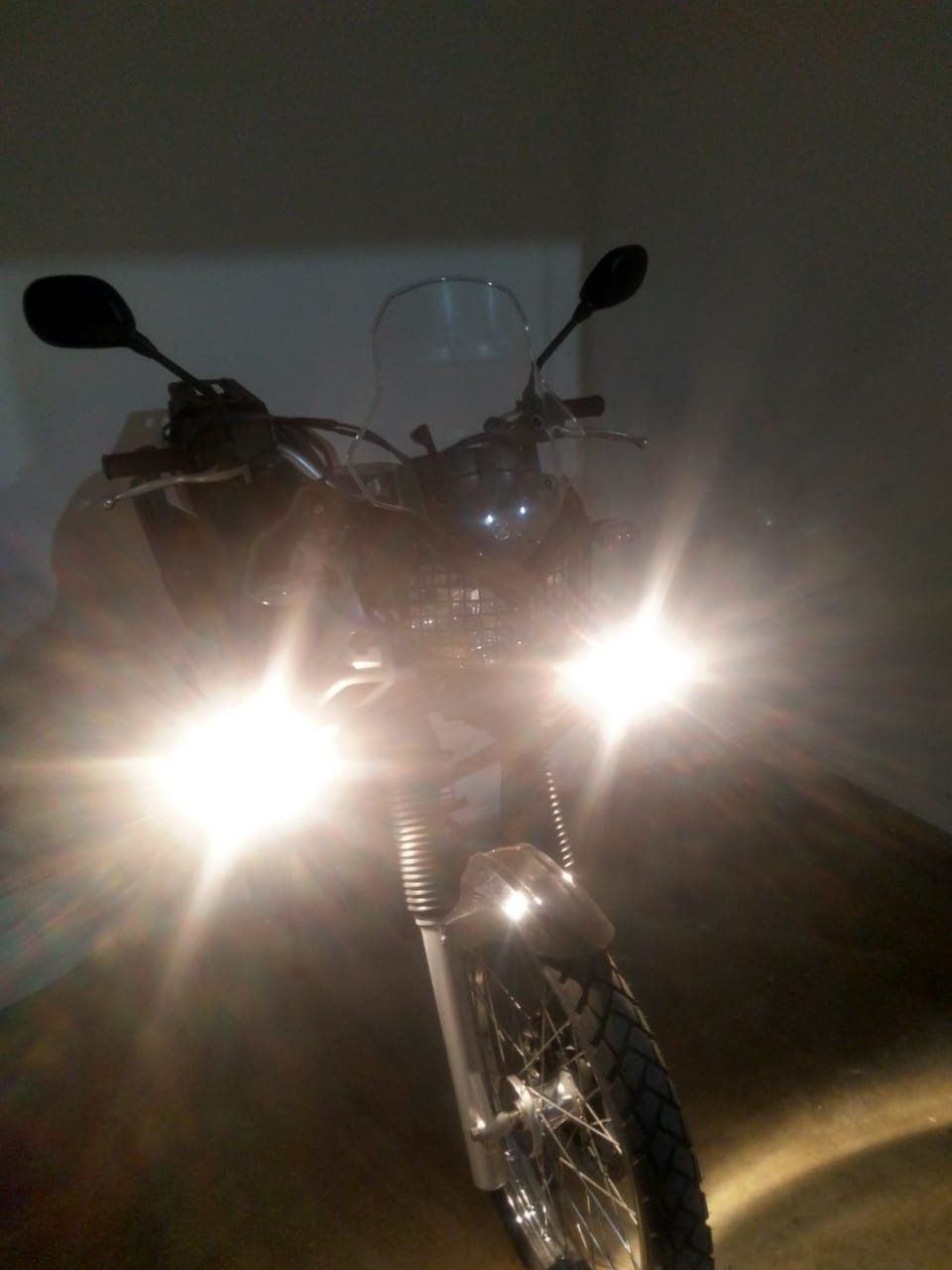 Farol de Milha para Moto + Interruptor Bráz  - Motorshopp
