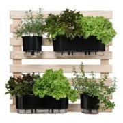 Kit Horta Vertical 80cm x 80cm com 02 Jardineiras Autoirrigáveis Preto + 02 Vasos Médios N03 Preto