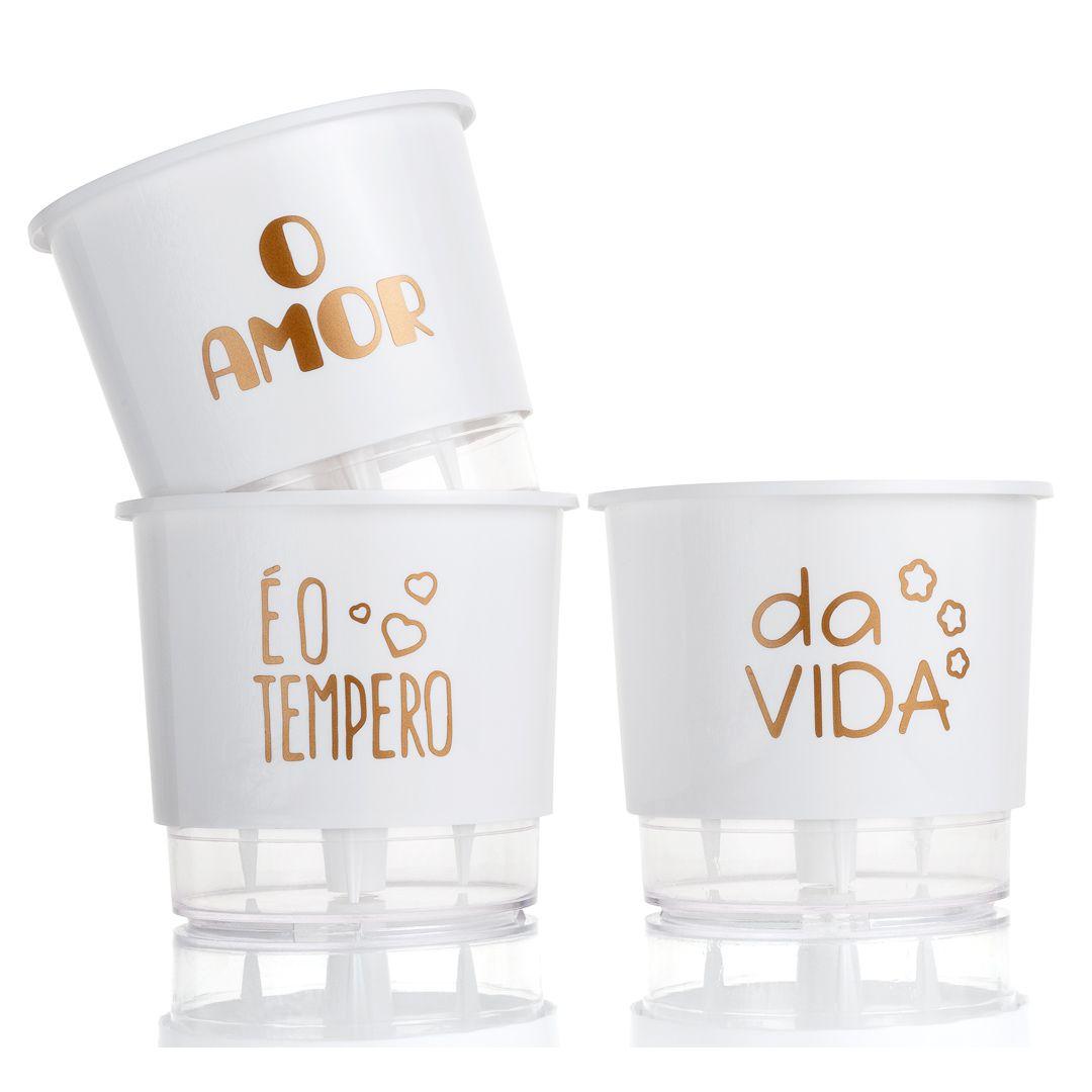 Kit 3 Vasos Autoirrigáveis Pequenos N02 12cm x 11cm O Amor é o Tempero da Vida Branco
