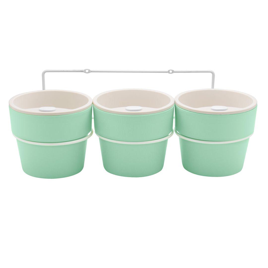Kit com 3 Vasos Autoirrigáveis Verde Menta com Suporte + Plaquinhas Linha Plantar < Ou >