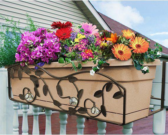 Suporte decorado retangular para jardineiras