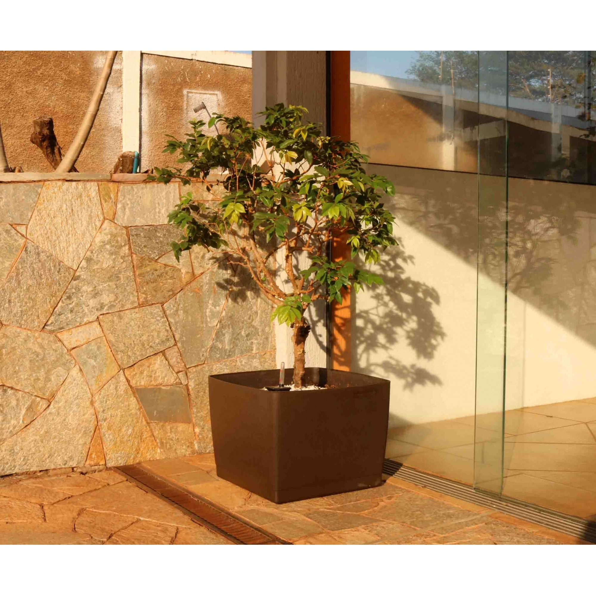 Vaso Autoirrigável Acqua Planta Quadrado Laranja 49cm x 49cm