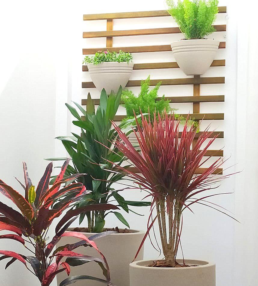 Vaso de Parede Jateado Vogue cor Areia 19,5cm x 30cm - VPP1-AR