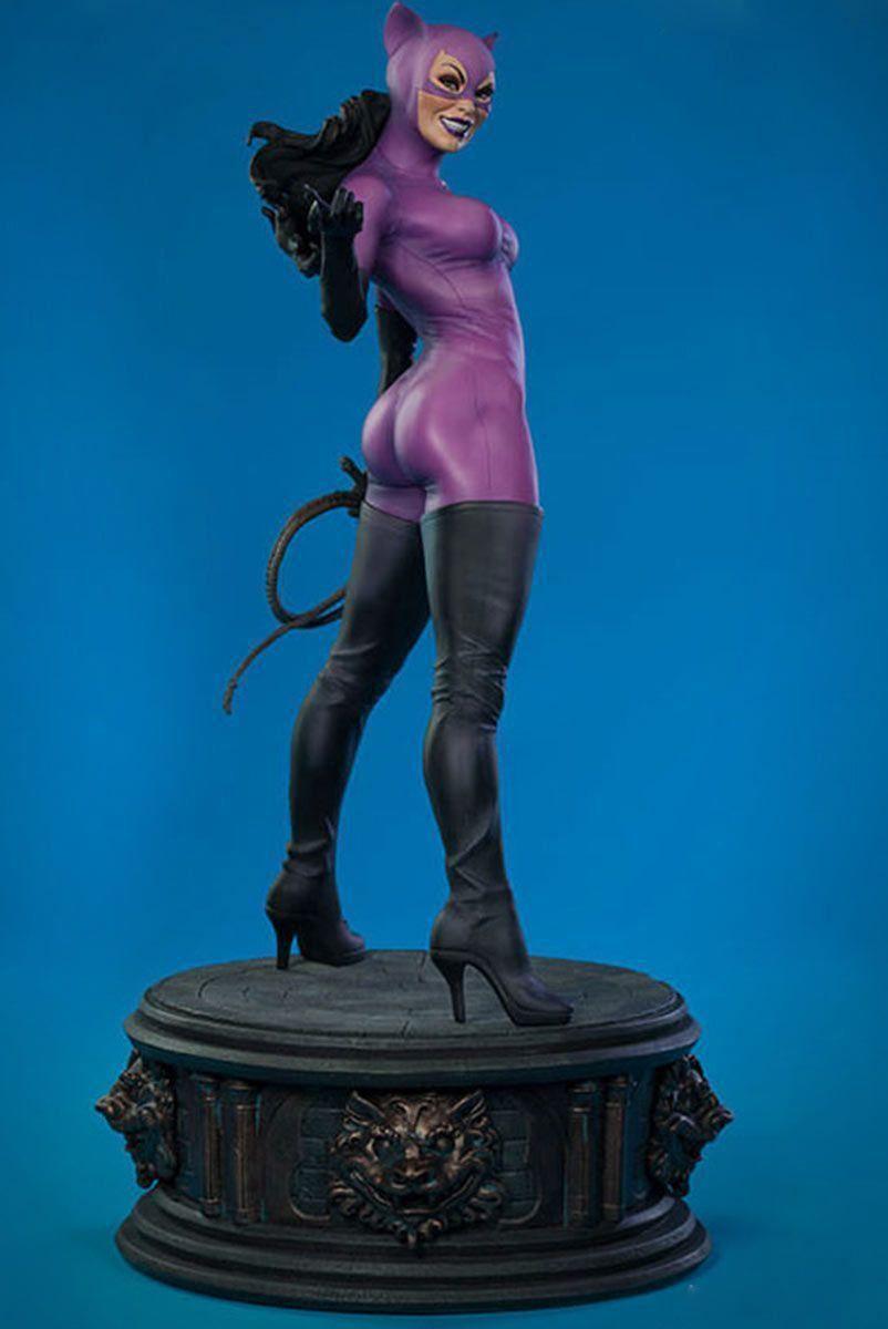 Boneco Catwoman Classic Premium Format Statue