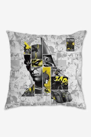 Almofada Batman 80 Anos As Faces de Batman