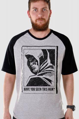 Camiseta Raglan Masculina Arrow Have You Seen This Man?