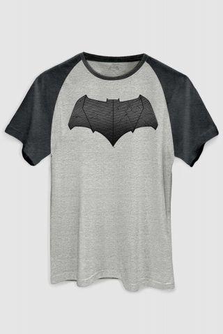 5e4f0a2de6 não utilizar Camiseta Raglan Premium Masculina Batman VS Superman Logo  Batman