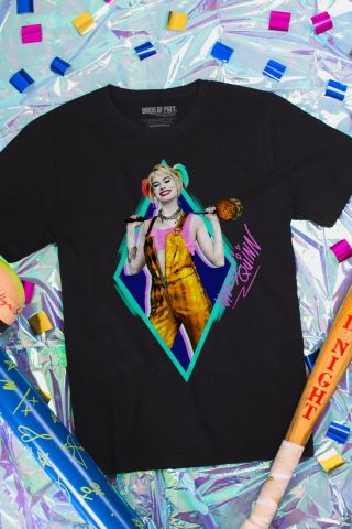 Camiseta Masculina Birds of Prey Harley Quinn Sorriso