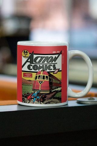 Caneca Superman Action Comics