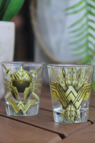 Conjunto com 4 Shots de Vidro Wonder Woman Accessories