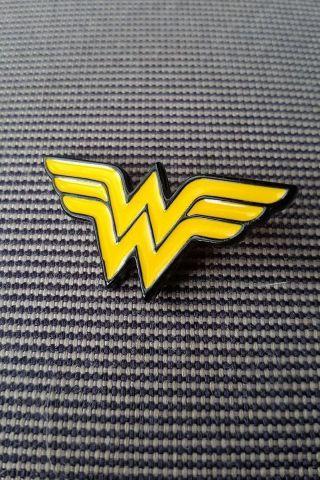 Pin de Metal Mulher Maravilha Logo
