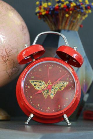 Relógio Despertador Mulher Maravilha Movie com Led