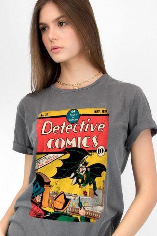 T-shirt Premium Feminina Batman 80 Anos Detective Comics