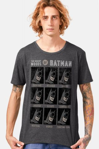 T-shirt Premium Masculina The Many Moods of Batman