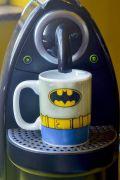 Mini Caneca de Porcelana DC Batman Body Customs