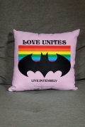 Almofada Batman Love Unites