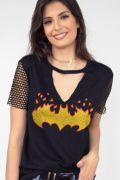 Camiseta Choker Feminina Batgirl Logo Fire