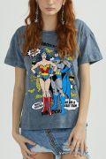 Camiseta Feminina Batman e Mulher Maravilha Perfect Together