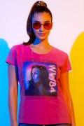 Camiseta Feminina Mulher Maravilha 1984 Quadro