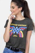 Camiseta Feminina Mulher Maravilha Peace and Love