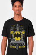 Camiseta Masculina Batman Bat-Sinal + Cartela de Adesivos GRÁTIS
