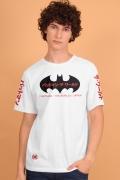 Camiseta Masculina Batman O Mundo Oriente
