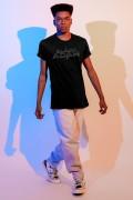Camiseta Masculina Fandome Adão Negro Logo