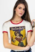 Camiseta Ringer Feminina Mulher Maravilha She Can Do It!
