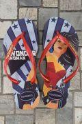 Chinelo Havaianas Feminino Wonder Woman Pop Art