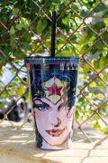 Copo Com Tampa e Canudo Wonder Woman Expressive