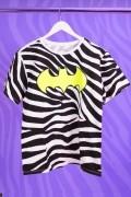 T-Shirt Feminina Animal Print Batman Logo