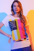 T-shirt Feminina Mulher Maravilha 1984 Tecnologia