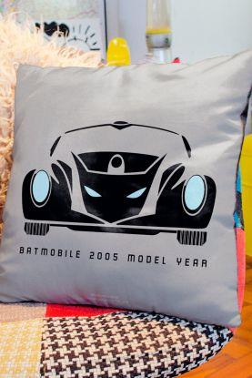 Almofada Batman Batmóvel 2005