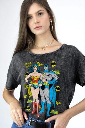Blusa Feminina Mulher Maravilha e Batman Juntos