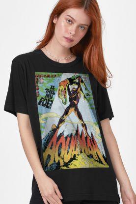 T-shirt Feminina Aquaman Is This My Foe?