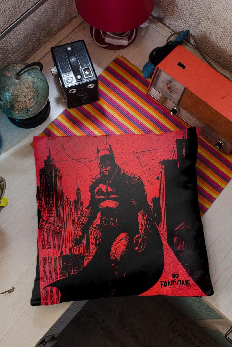Almofada Fandome Jim Lee Batman