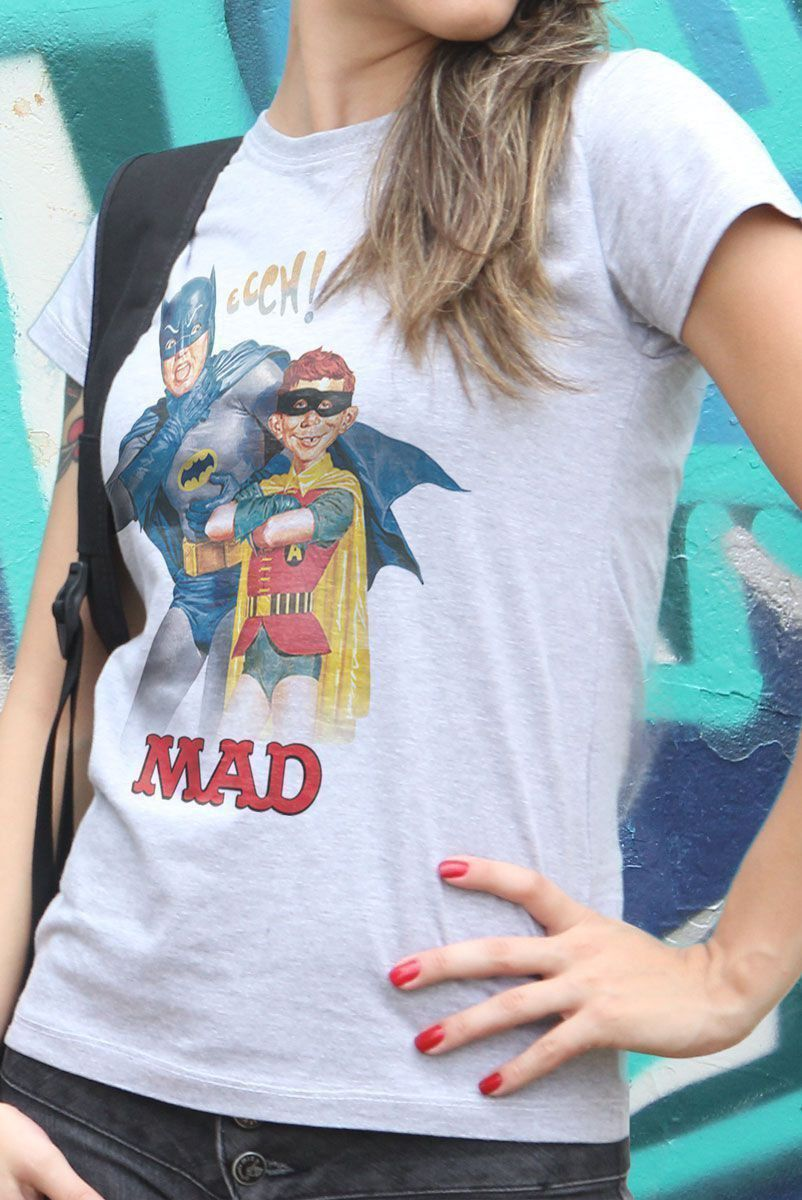 Camiseta Feminina Batman e MAD 2