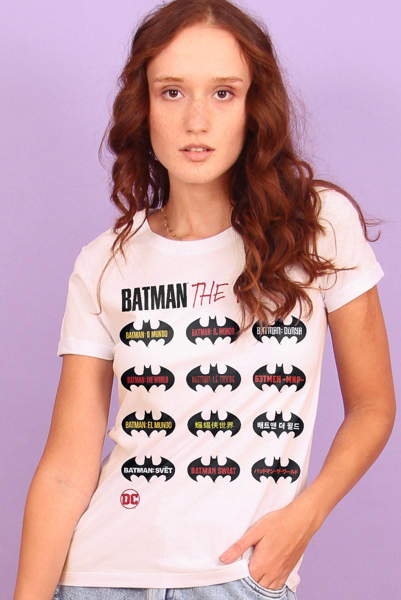 Camiseta Feminina Batman O Mundo