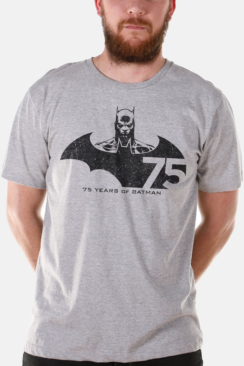 Camiseta Masculina Batman 75 Anos Tracing