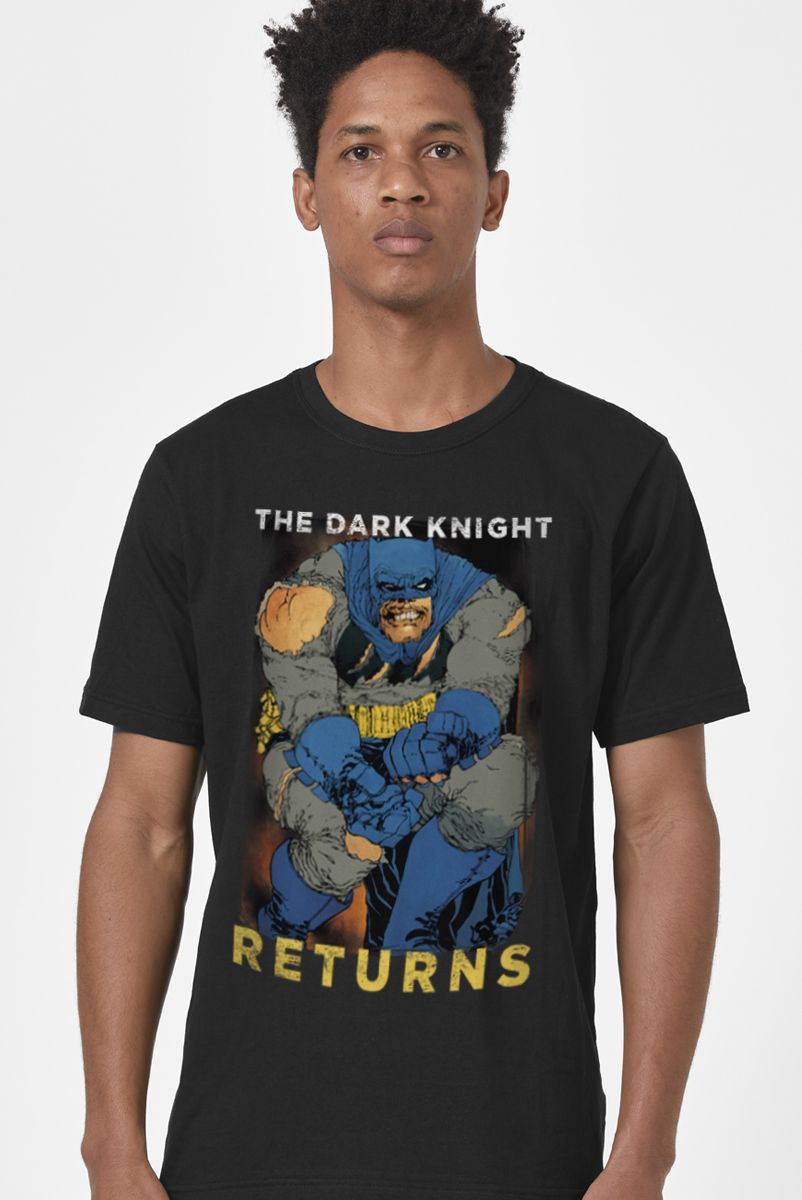 Camiseta Masculina Batman O Cavaleiro das Trevas Retorna Frank Miller