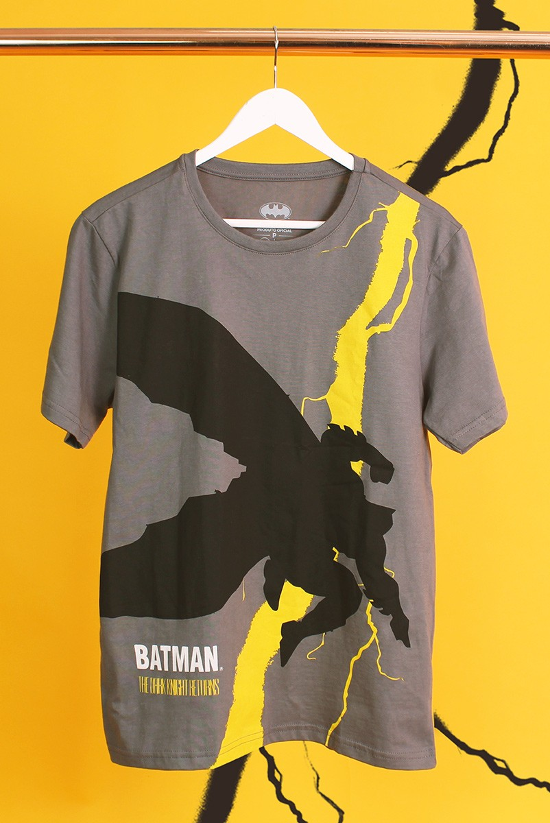 Camiseta Masculina Batman The Dark Knight Frank Miller