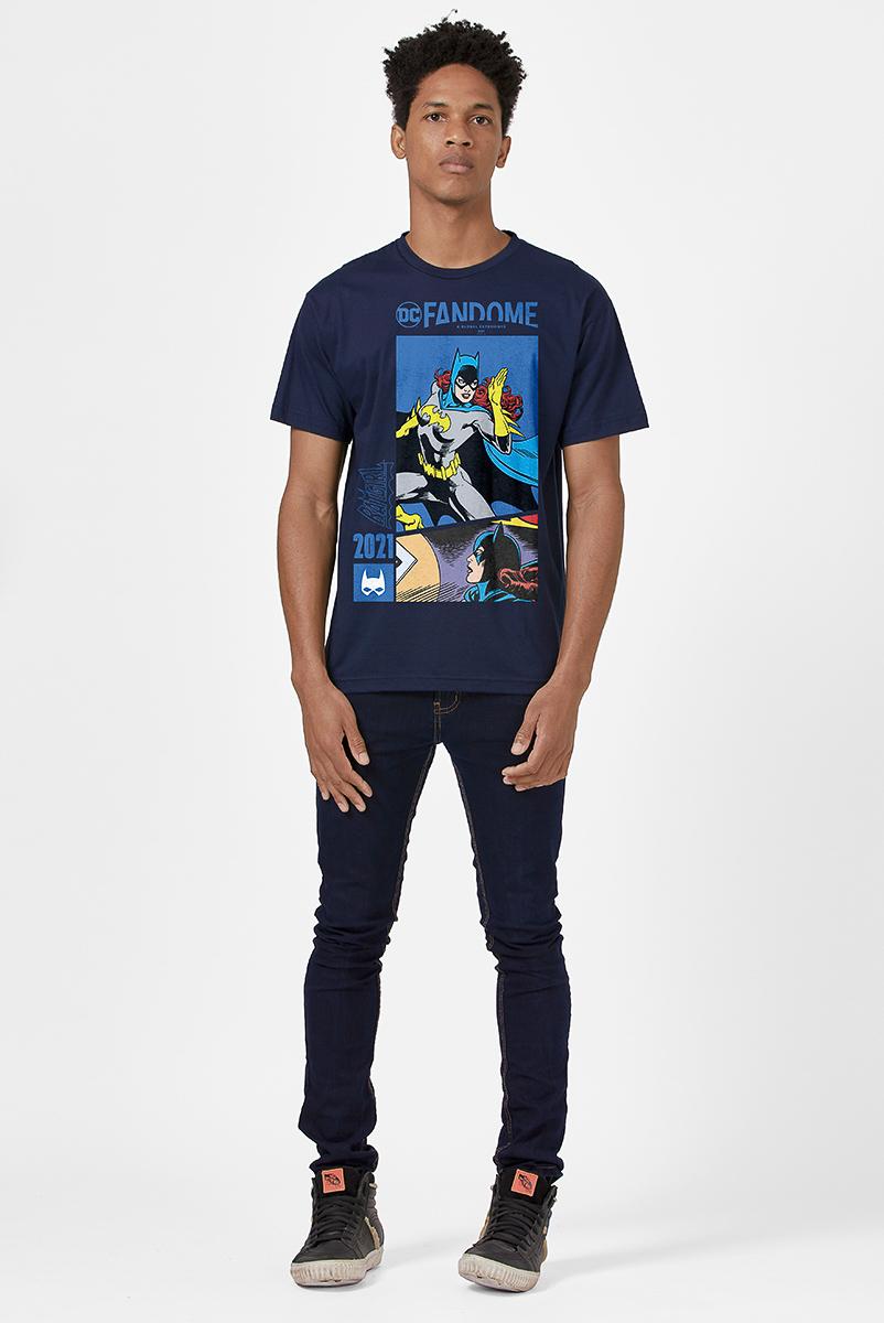 Camiseta Masculina FanDome 2021 Batgirl Em Ação