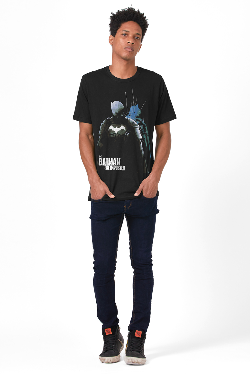 Camiseta Masculina FanDome 2021 Batman : O Impostor Capa
