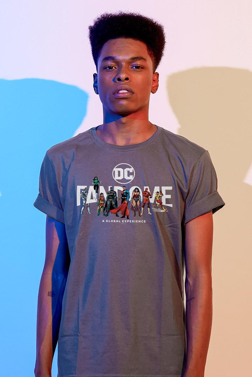 Camiseta Masculina Fandome Logo Liga da Justiça