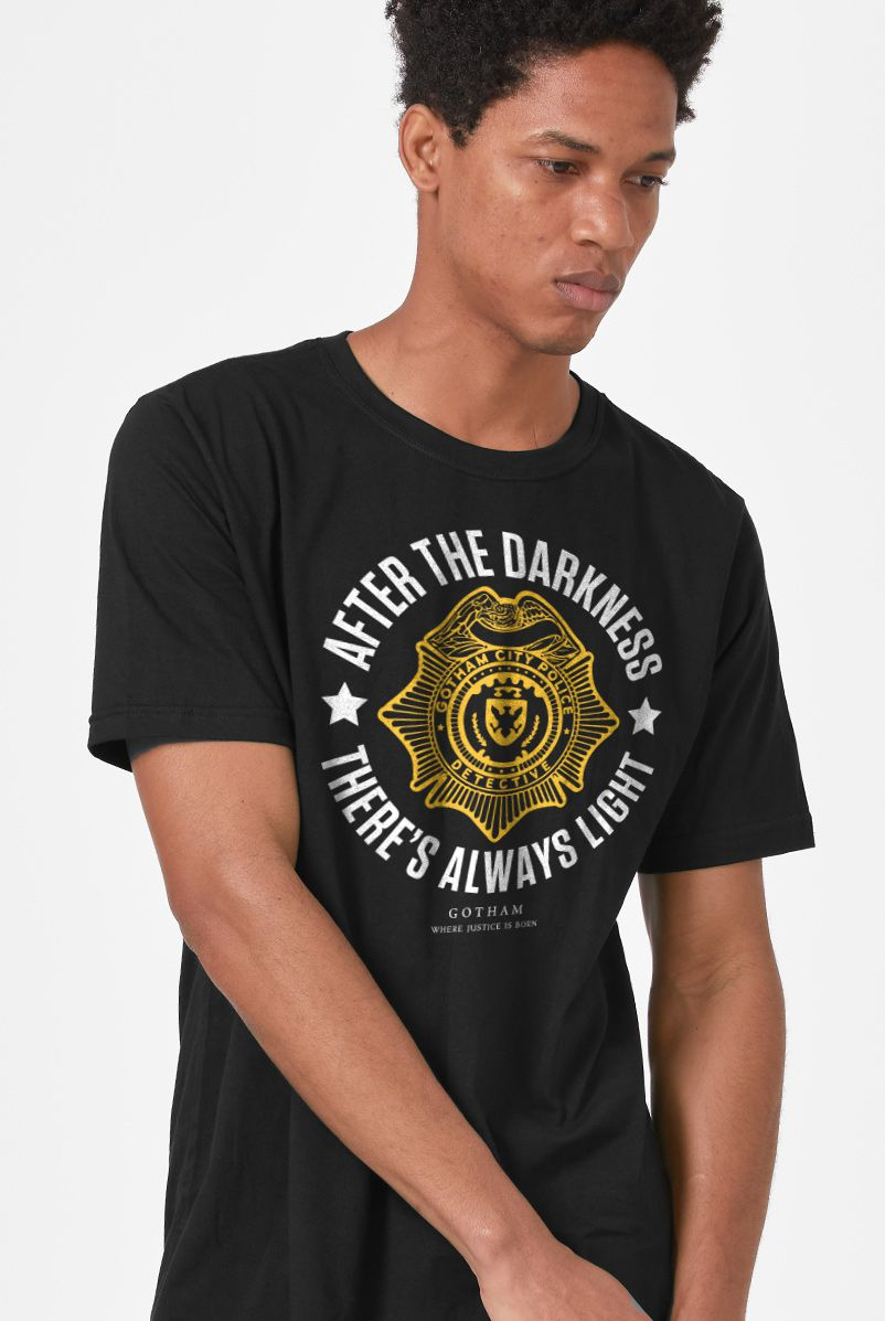 Camiseta Masculina Gotham There's Always Light