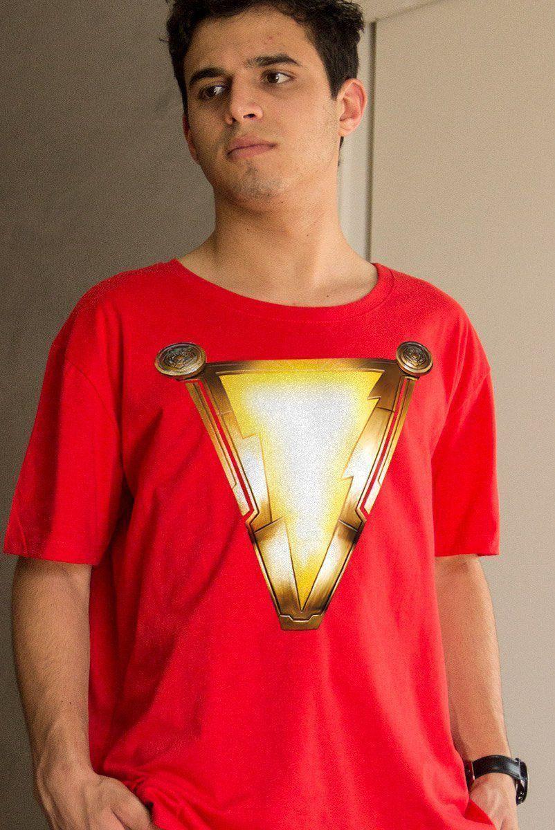 Camiseta Masculina Shazam Uniforme