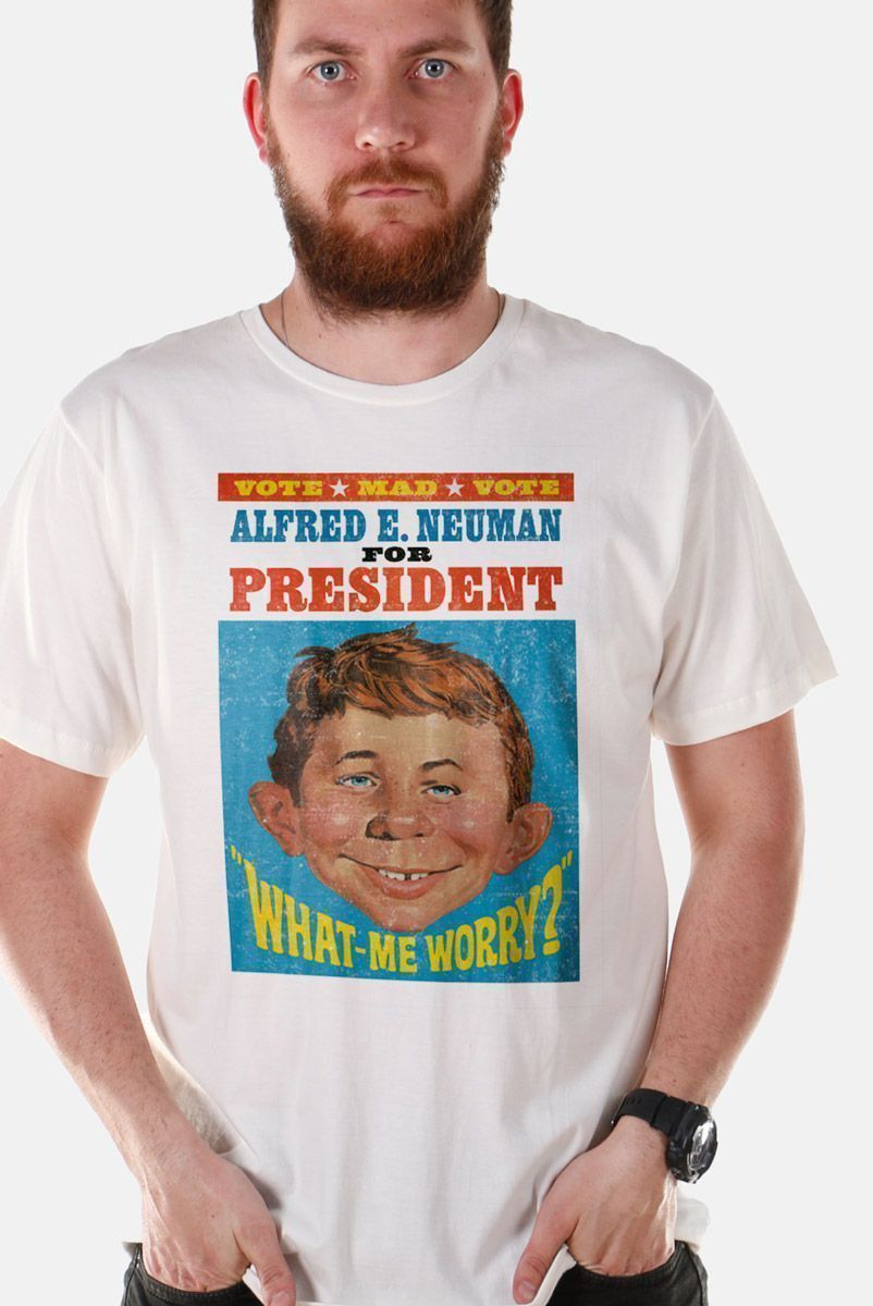Camiseta Masculina Vote MAD