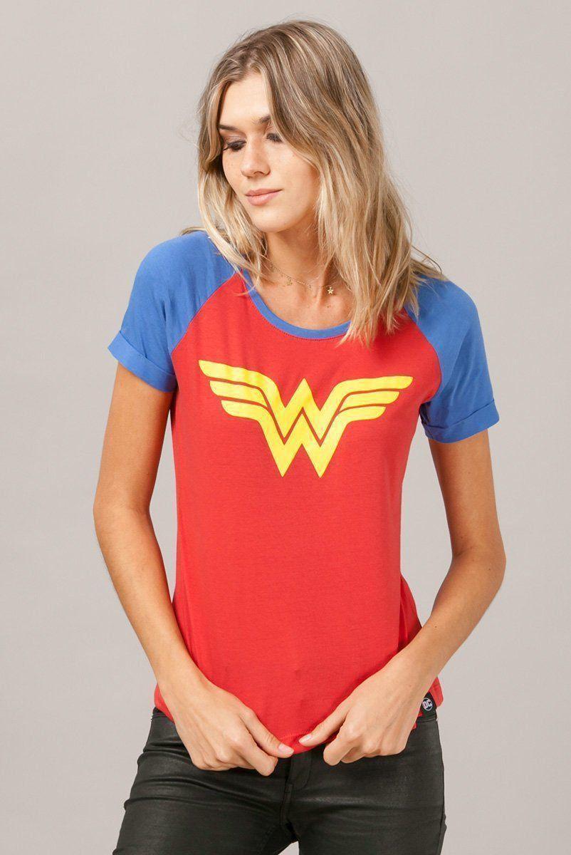 Camiseta Raglan Feminina Mulher Maravilha Costume Logo