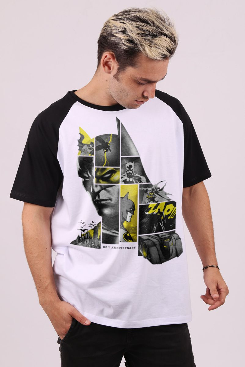 Camiseta Raglan Masculina Batman 80 Anos As Faces de Batman